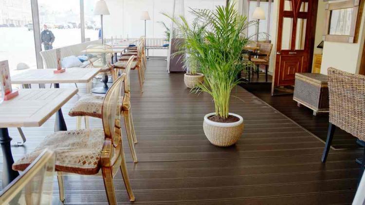 террасная доска для ресторанов и кафе